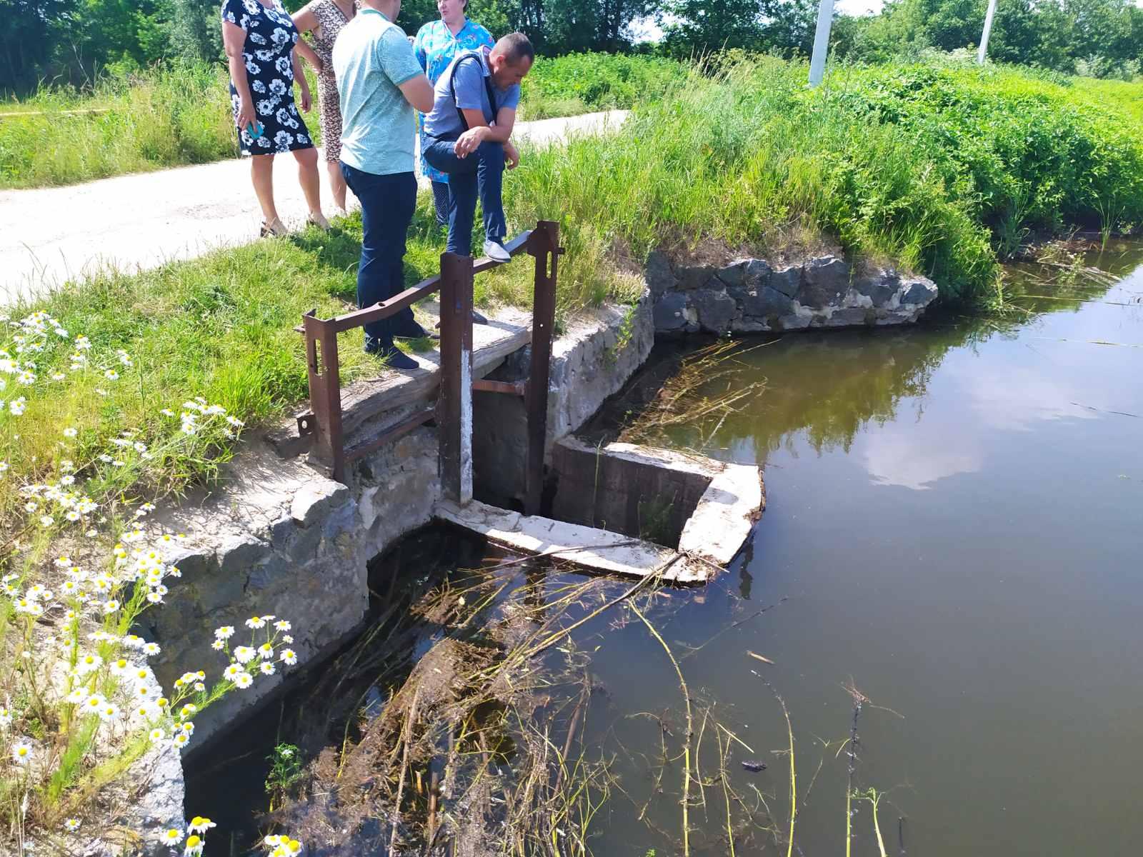 На території Хмільницького району виявили самовільно створену гідроспоруду