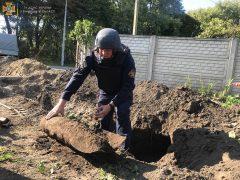 У Хмільницькому районі копали траншею – і знайшли три авіабомби часів Другої світової війни