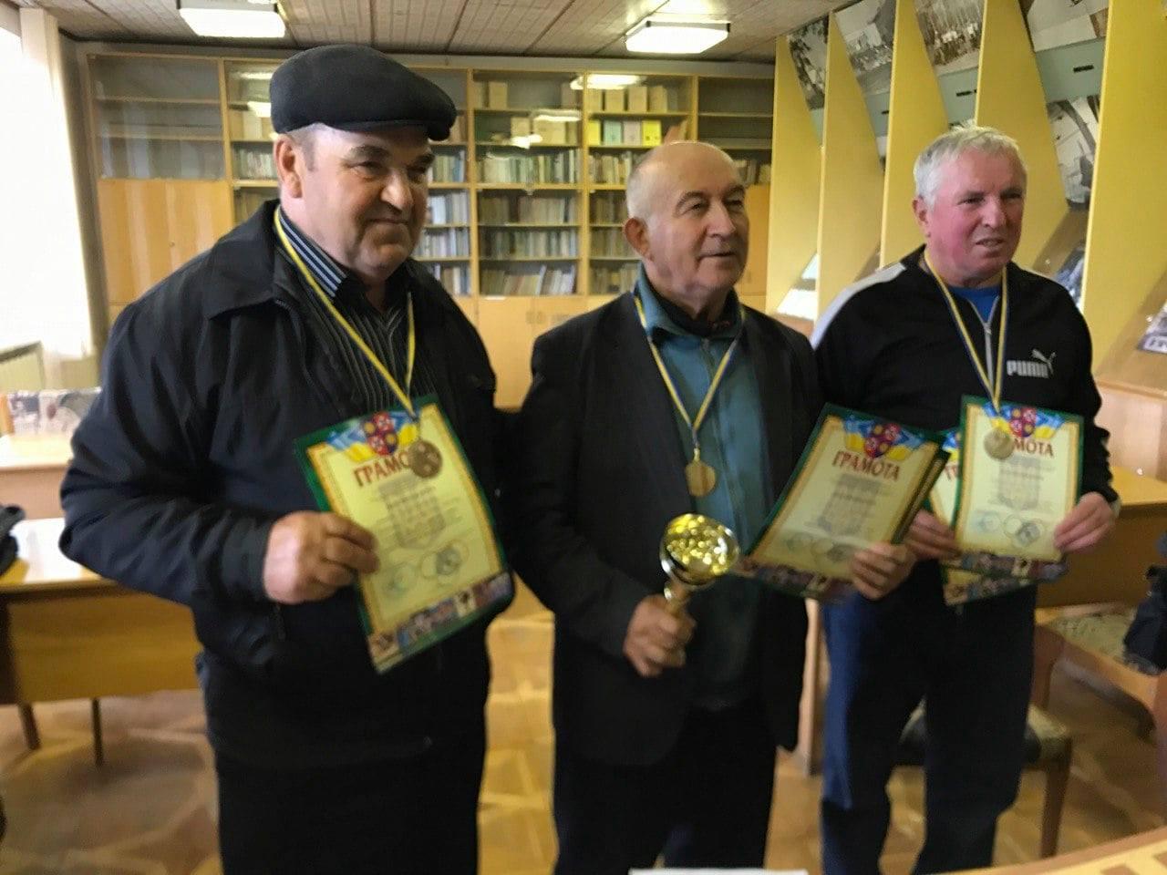 Хмільничанин Анатолій Ядвіжен здобув друге переможне серед працівників загальної освіти області