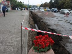 В Хмільнику тривають роботи зливової каналізації в центрі міста