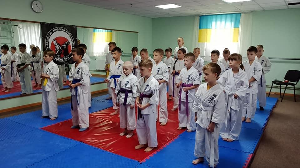До Дня захисників та захисниць України в Хмільнику провели клубні змагання